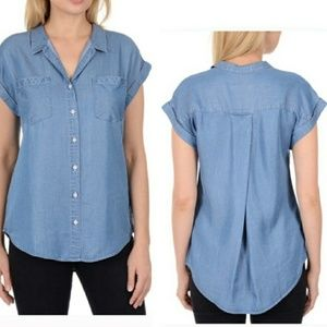 { Jachs Girlfriend } Chambray top